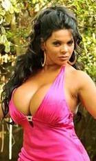 Шейла Херши вернет силиконовую грудь, рискуя жизнью