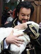 Киркоров крестил дочурку в Вербное воскресенье