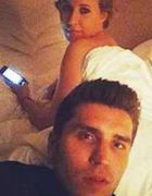 Собчак выложила в сеть интимные фото