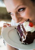 Боитесь климакса? Не ешьте сладкого!