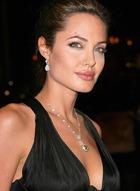 Что думает Джоли о браке Энистон?
