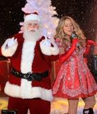 Нью-Йорк уже зажёг Рождественскую ёлку