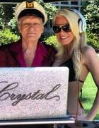 Основатель Playboy снова попробует жениться на сбежавшей невесте