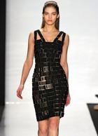 Бандажное платье – эластичные полосы во имя красоты