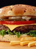 Съесть гамбургер = отнять у жизни полчаса