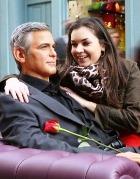 Джордж Клуни стал объектом для поцелуев