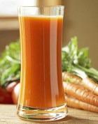 Морковный сок: больше вреда, чем пользы?