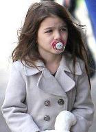 Актриса Кэти Холмс не позволяет дочке стать моделью