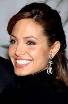 Анджелина Джоли открыла еще одну школу для девочек