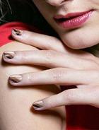 Какой цвет лака для ногтей моден весной?