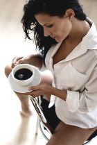 Хотите пышный бюст? Не пейте кофе!