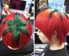Последний хит японской молодёжи – помидор на голове