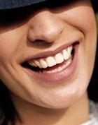 Как связаны карьера и белизна зубов?