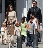 Святая Анджелина: Джоли хочет ещё двоих детей?