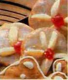 Миндальное печенье с вишней