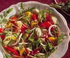 Салат из помидоров, огурцов и сладкого перца