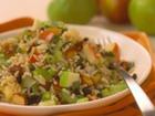Рисовый салат с яблоками