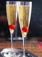 Фрукты в шампанском