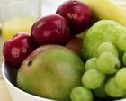 Компот из яблок, слив и винограда