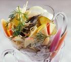 Рыбный салат со свеклой
