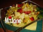 Салат с куриным филе и карри