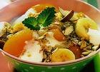 Салат фруктовый с овсяными хлопьями