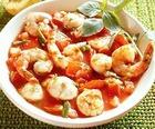 Суп с креветками и помидорами