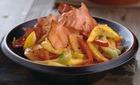 Овощи, тушенные с беконом