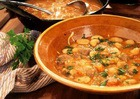 Суп с фасолью и чесноком