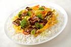 Жареная говядина с рисом Ориент, овощами и грибами