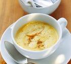 Яблочный суп с рисом и листьями малины