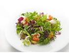 Картофельный салат с тигровыми креветками