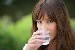 Доказано: один стакан воды способен стимулировать работу мозга