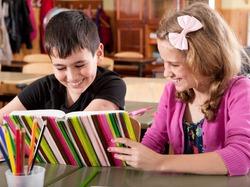 К 15 годам ребенок может выучить четыре языка