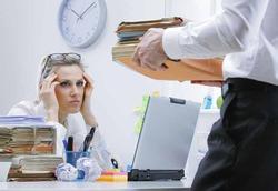 Женская карьера: больше стресса и меньше денег