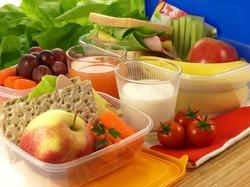Из-за чего люди едят много мучного, жирного и сладкого и не полнеют?