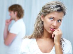 Боготворить  избранника – значит, разрушить отношения