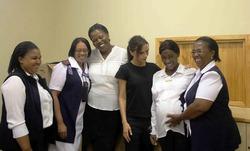 Вещи Виктории Бекхэм помогут ВИЧ больным