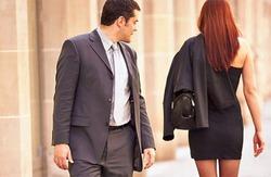 Почему мужчины выбирают одних женщин и проходят мимо других?