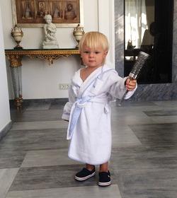 Сын Яны Рудковской снялся в рекламе зубной пасты