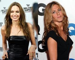Дженнифер Энистон хочет отомстить Анджелине Джоли