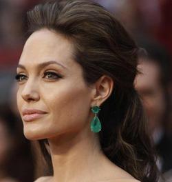 Анджелина Джоли заразилась ветрянкой