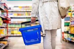 Магазины накажут за цены в долларах