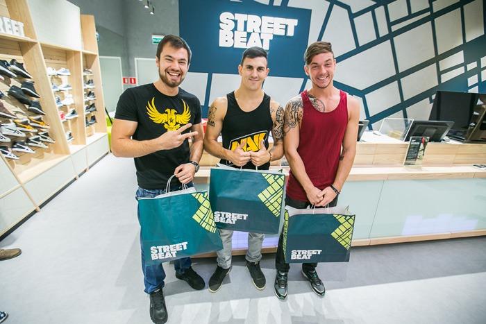 b25484820951 В Москве открылась уникальная по формату сеть магазинов спортивной обуви  Street Beat