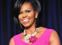 Мишель Обама пишет мемуары, в которых собирается поведать об изменах мужа