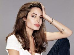 Причина худобы Джоли – меню из трёх древнейших злаков