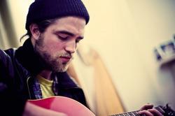 Роберт Паттинсон планирует записать музыкальный альбом