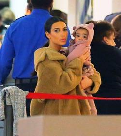 Ким Кардашьян передумала рожать детей