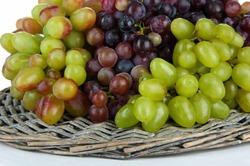 Диетологи назвали виноградную диету безопасной
