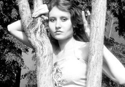 Моя модель, помогающая мне воплощать красоту в жизнь :)